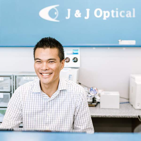 J & J Optical East Maitland optometrists